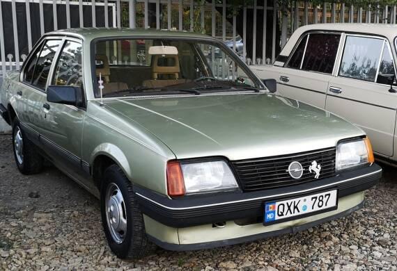 Opel – Ascona