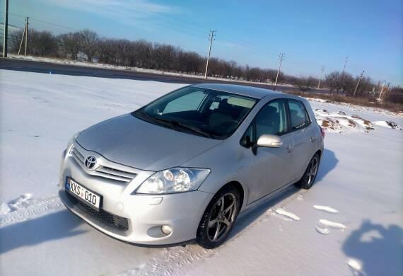 Toyota – Auris